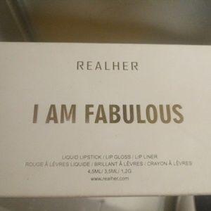 REALHER I Am Fabulous Lip Stick Kit